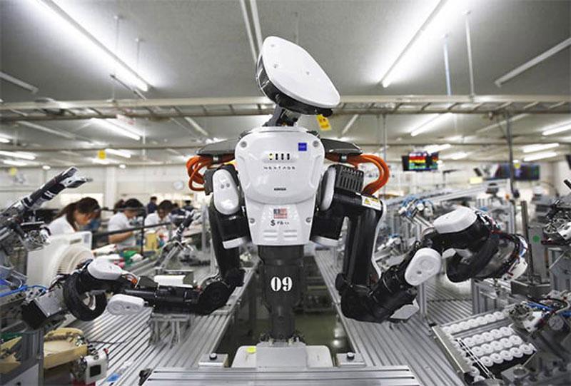 ربات ها در کارخانه