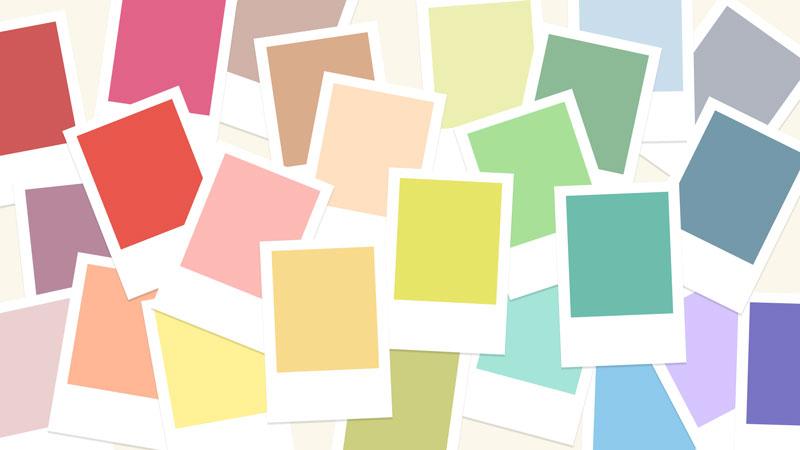بررسی رنگ ها
