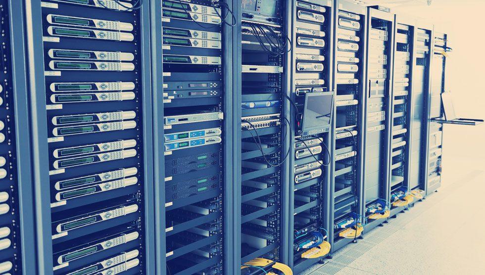 وب سرور چیست؟ معرفی انواع مختلف وب سرور