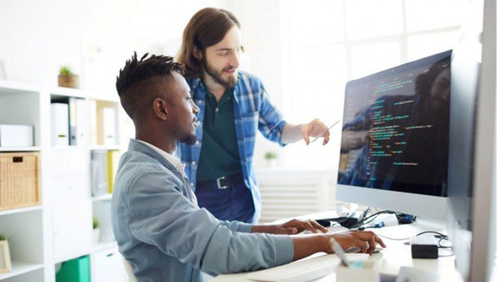 ۶ نکته مهم که باید با برنامه نویس سایت در میان بگذارید